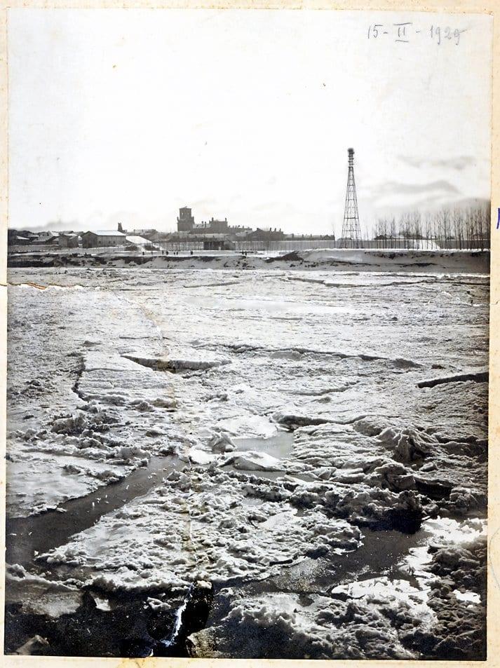 Il Po ghiacciato 15 Febbraio 1929.