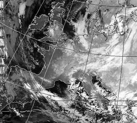 Immagine satellitare di rara bellezza del pomeriggio del 3 gennaio 1985